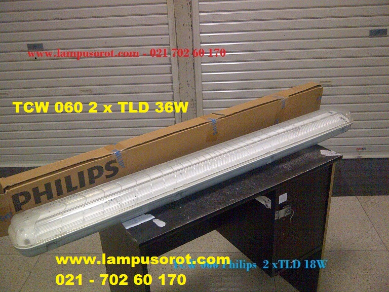 Lampu Waterproof TCW 060  236W IP 65 Philips