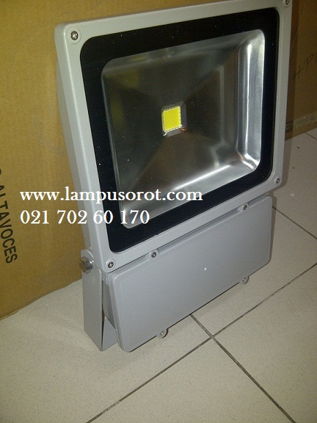 Lampu Sorot LED 100Watt = 500Watt Halogen