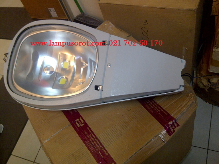 Lampu PJU LED 100W