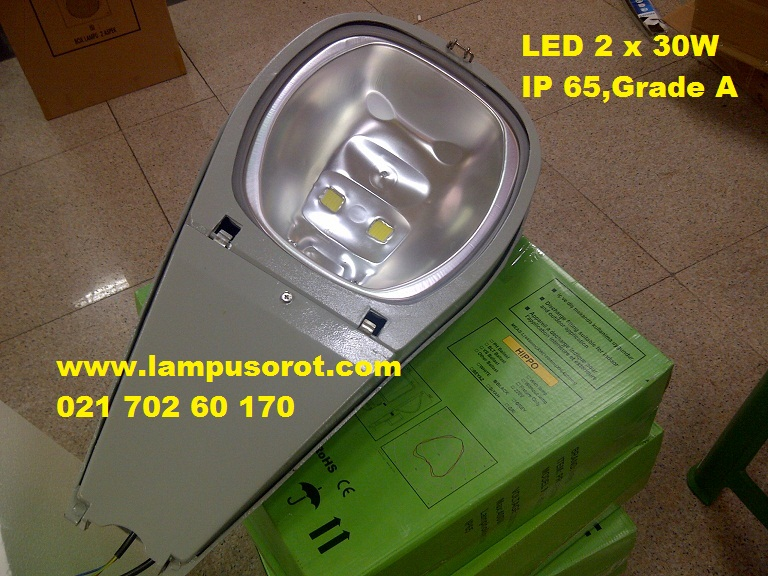 Lampu PJU LED 2 x 30W ( 60W ) IP 65