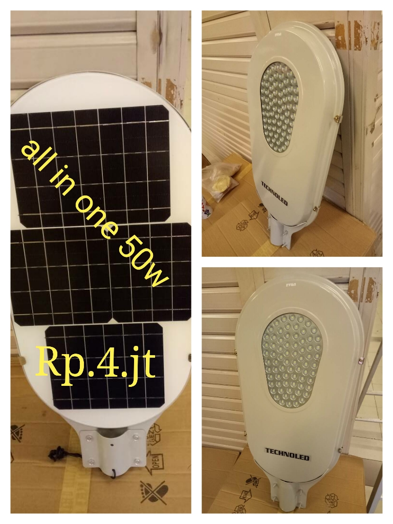 Lampu all in one atau PJU solar panel