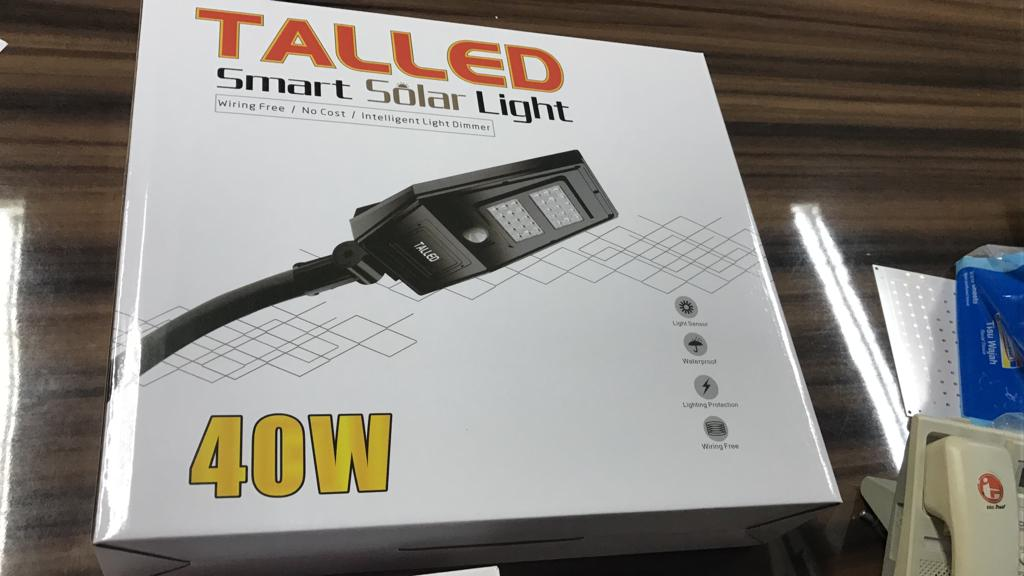 Lampu all in one atau PJU solar panel talled